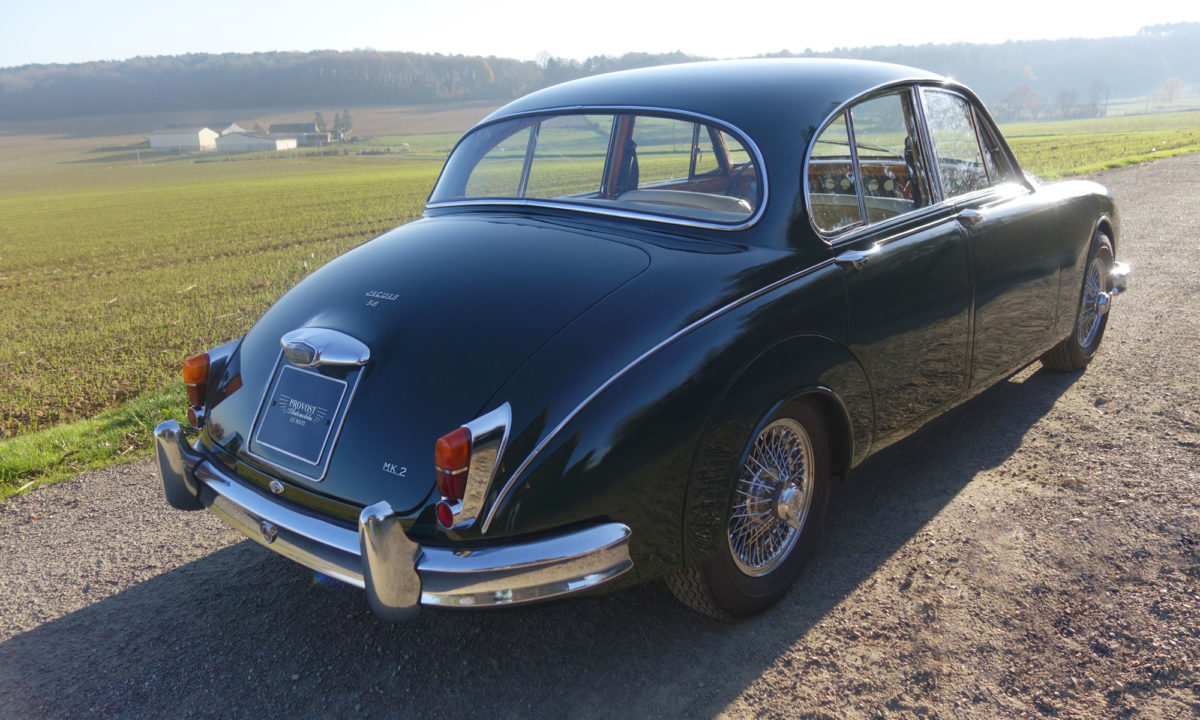 jaguar mk2 3 8l vert anglais provost automobile. Black Bedroom Furniture Sets. Home Design Ideas