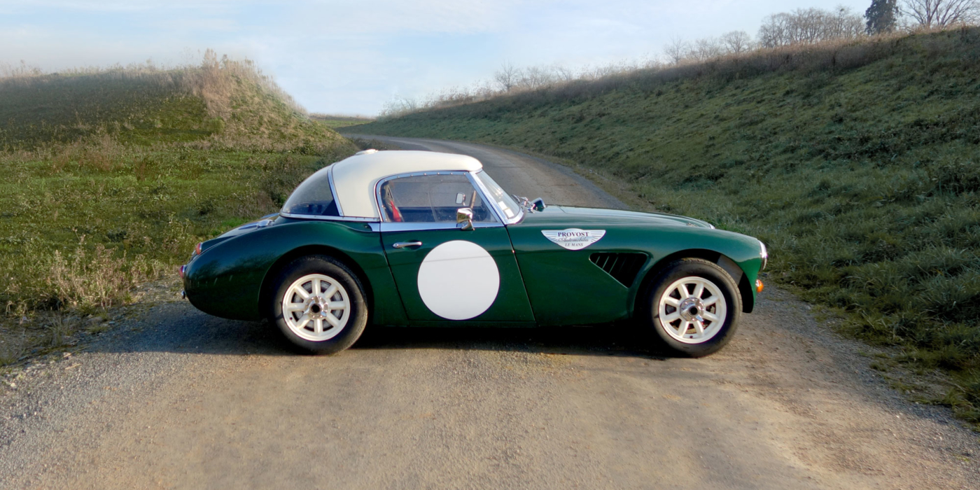 Austin Healey BJ8 coursifiée